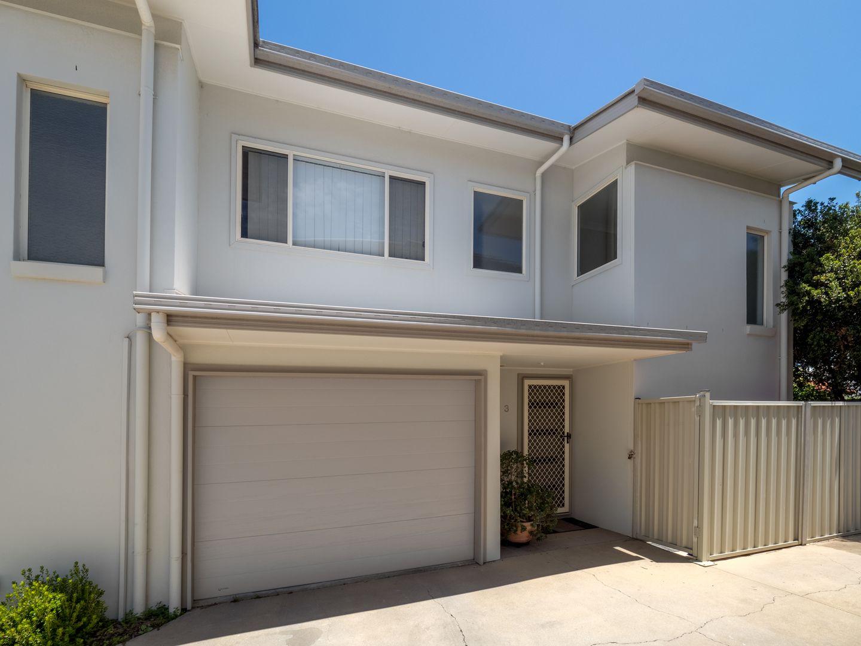 3/7 Warde Street, Scarborough QLD 4020, Image 2