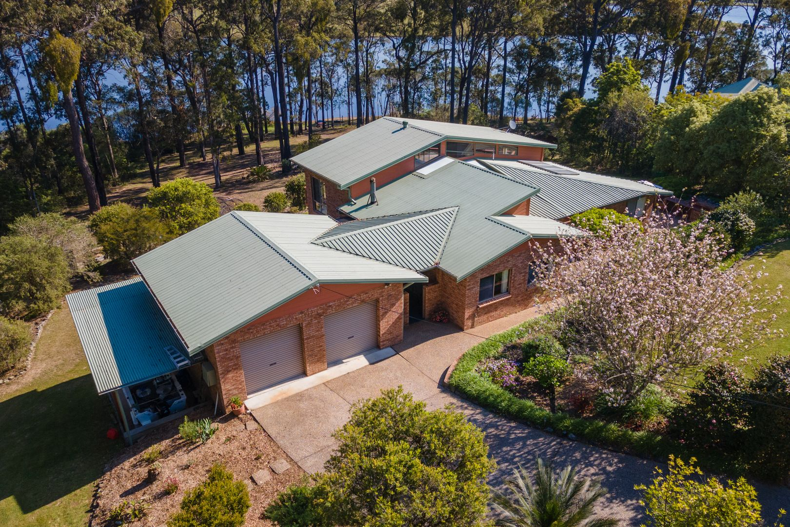 9 Endeavour  Drive, Wallaga Lake NSW 2546, Image 0