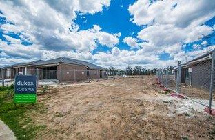 33 Ashgrove Circuit, Jordan Springs NSW 2747