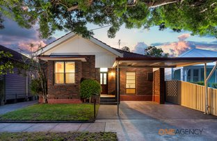 Picture of 32 Kitchener Parade, Mayfield East NSW 2304