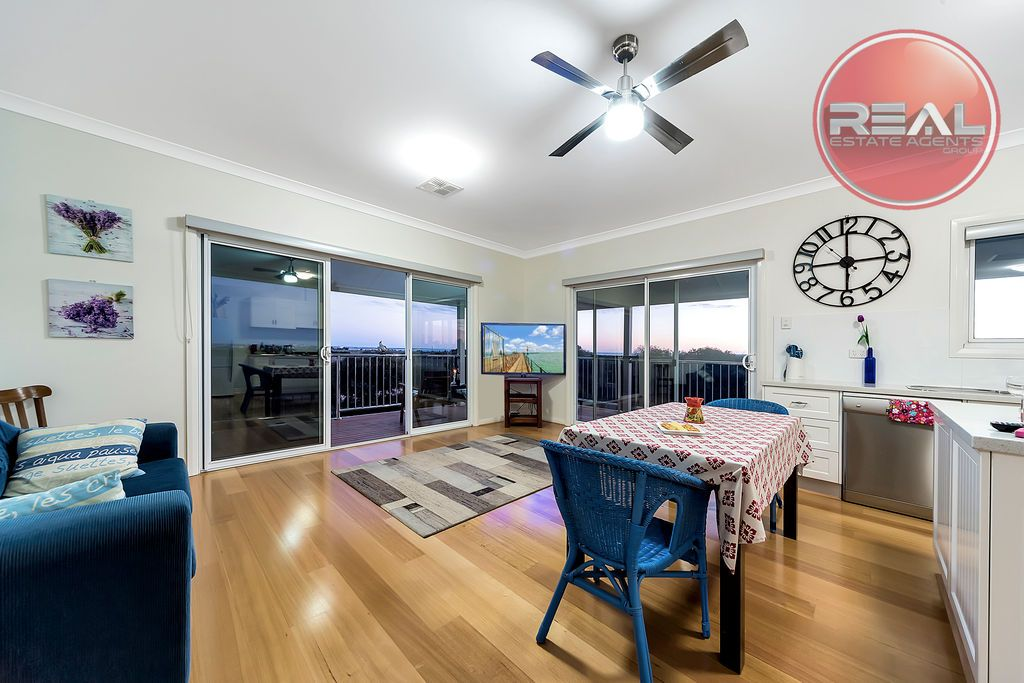 812 Point Riley Road, Wallaroo SA 5556, Image 2