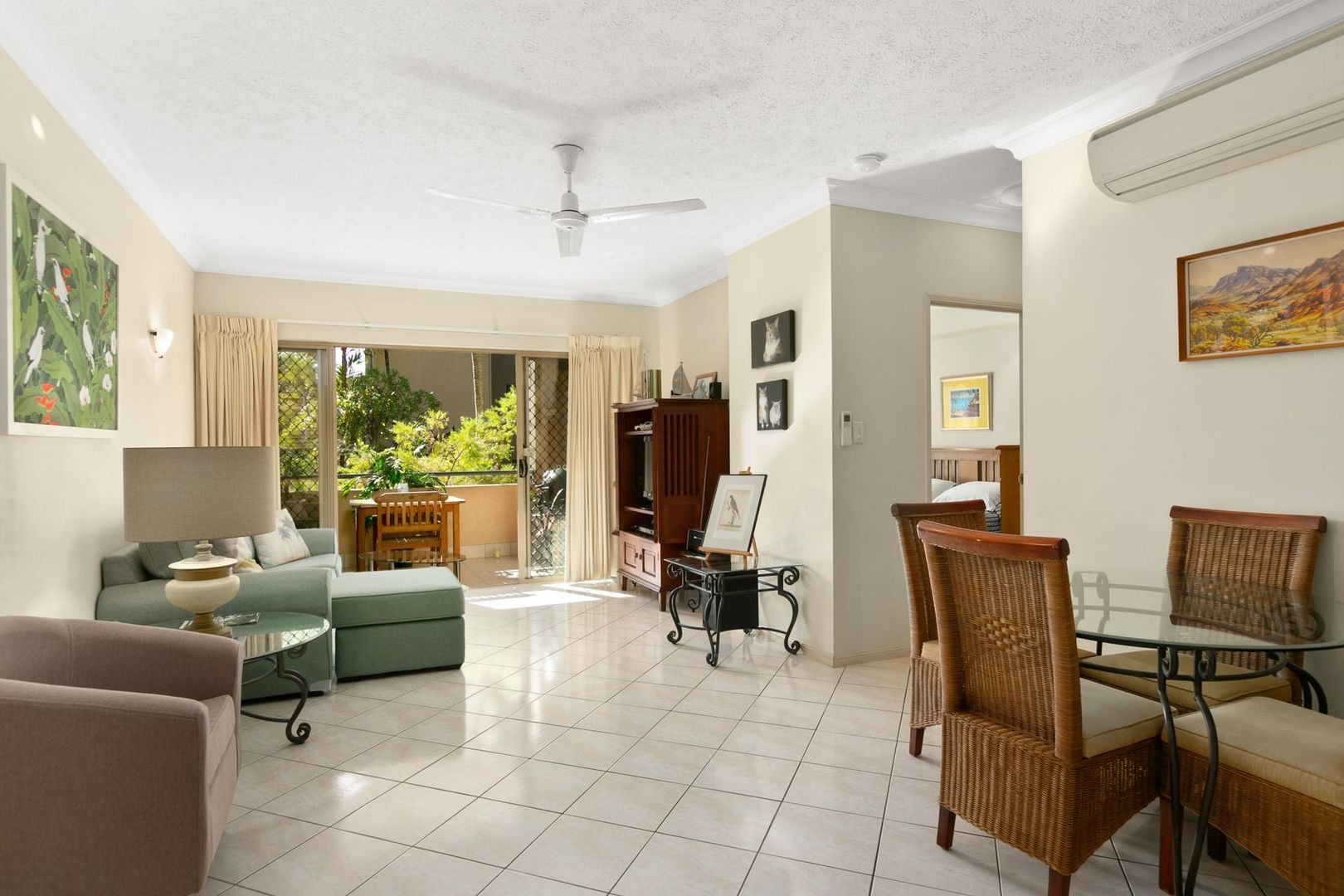 1402/2 Greenslopes Street, Cairns North QLD 4870, Image 0