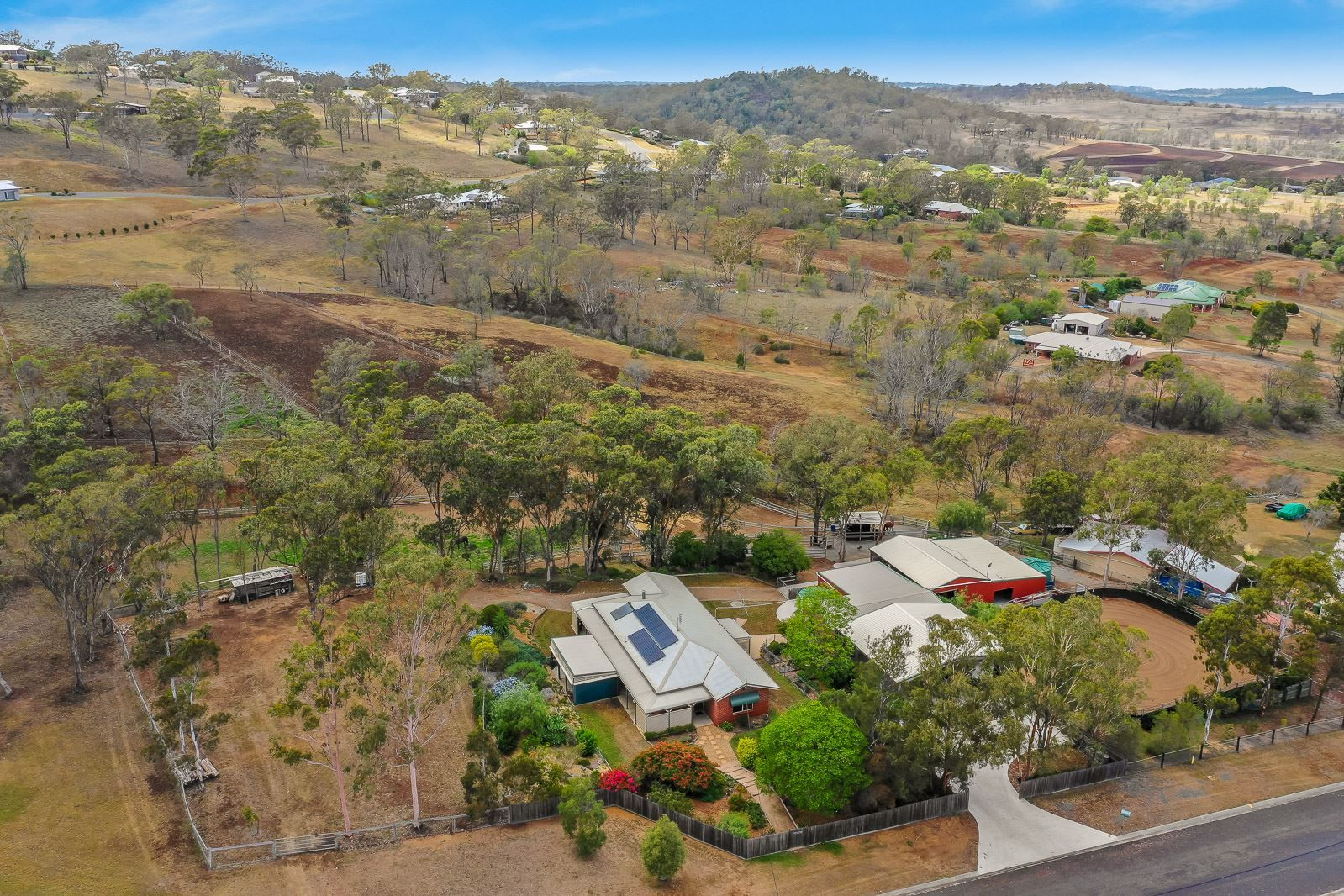 4 Stark Drive, Vale View QLD 4352, Image 0