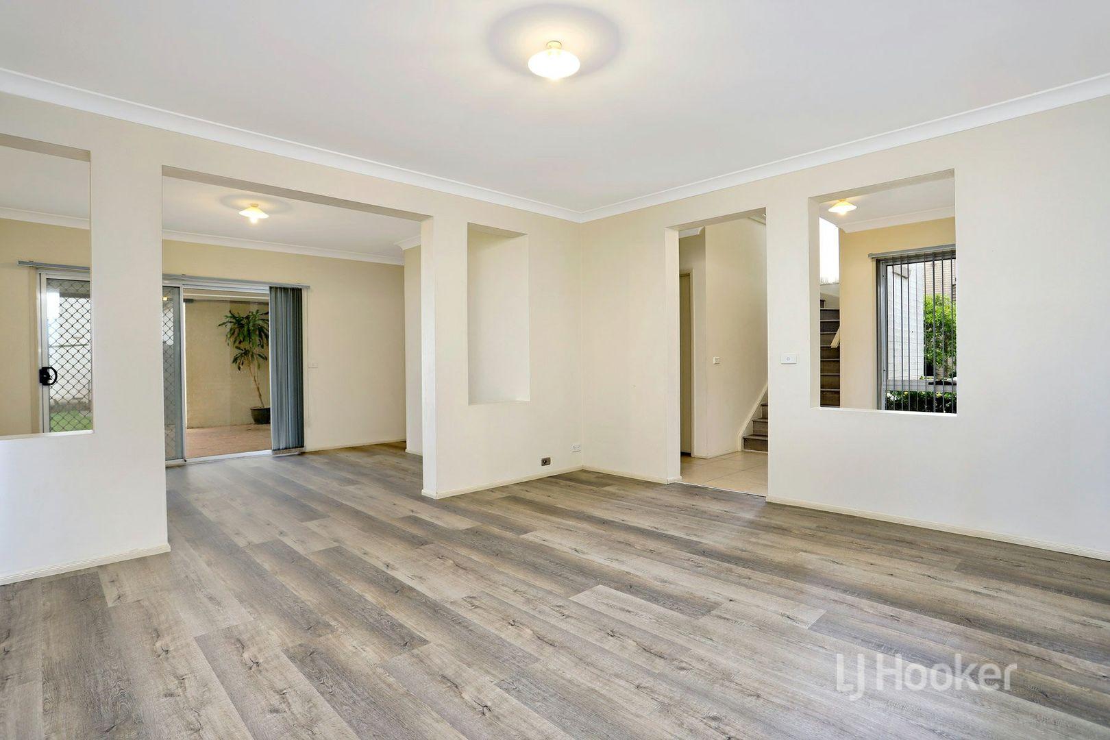 39 Midlands Terrace, Stanhope Gardens NSW 2768, Image 2