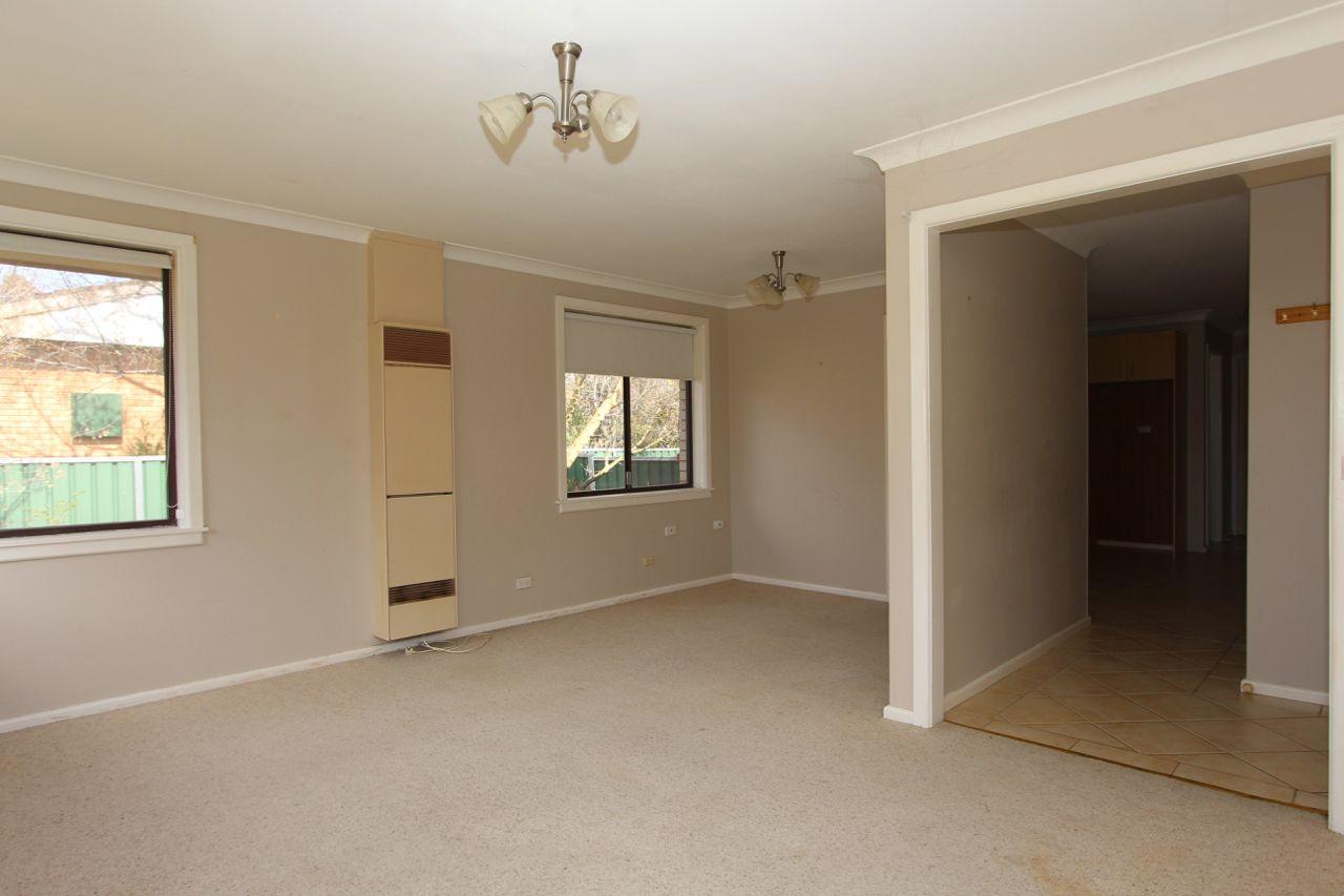 7 Napier Street, Blayney NSW 2799, Image 2