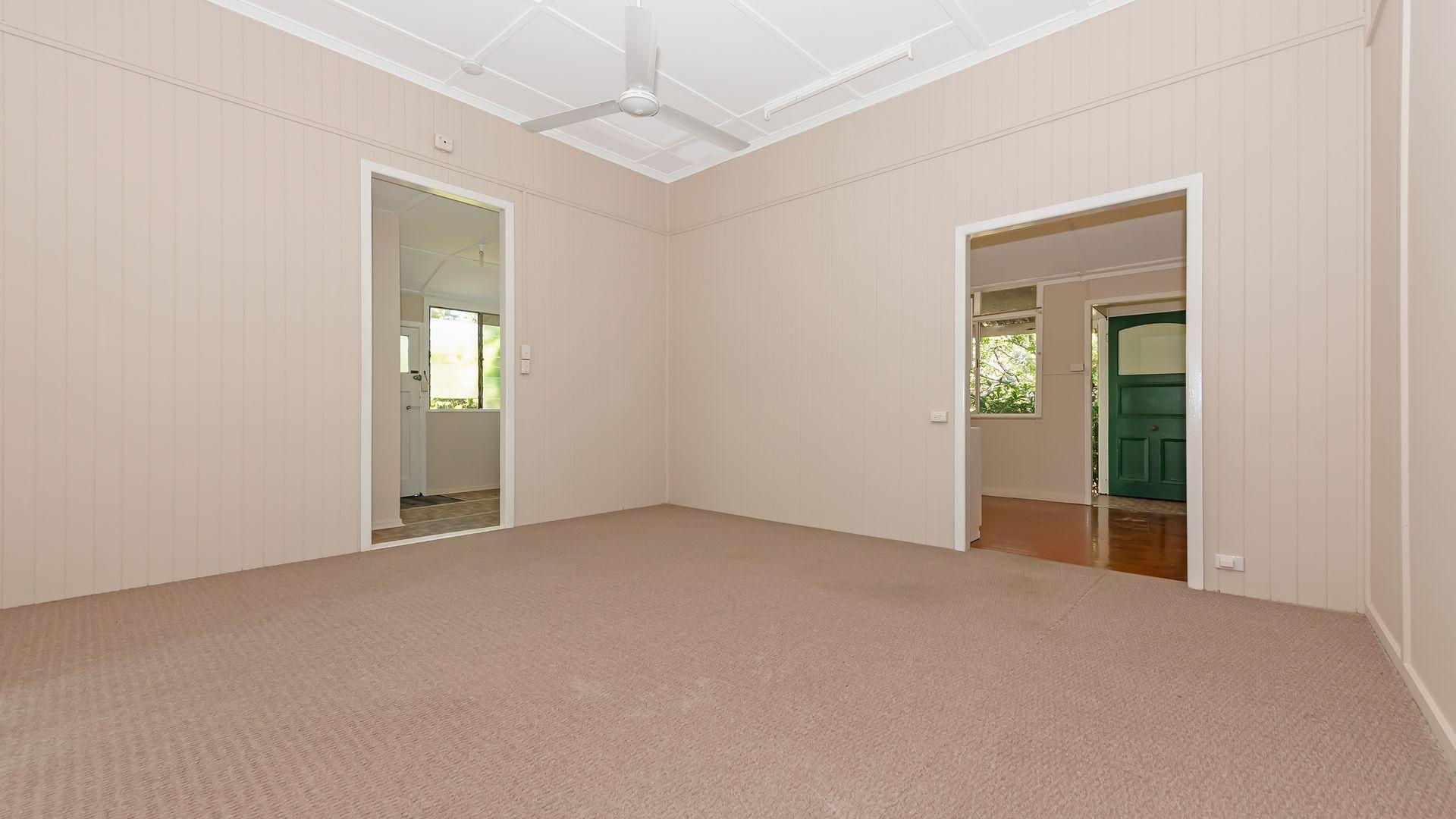 1/39 Clayton Street, Hermit Park QLD 4812, Image 1