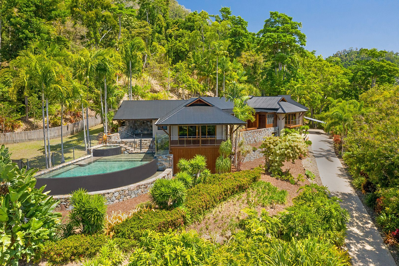 133 Stanley Drive, Cannon Valley QLD 4800, Image 0
