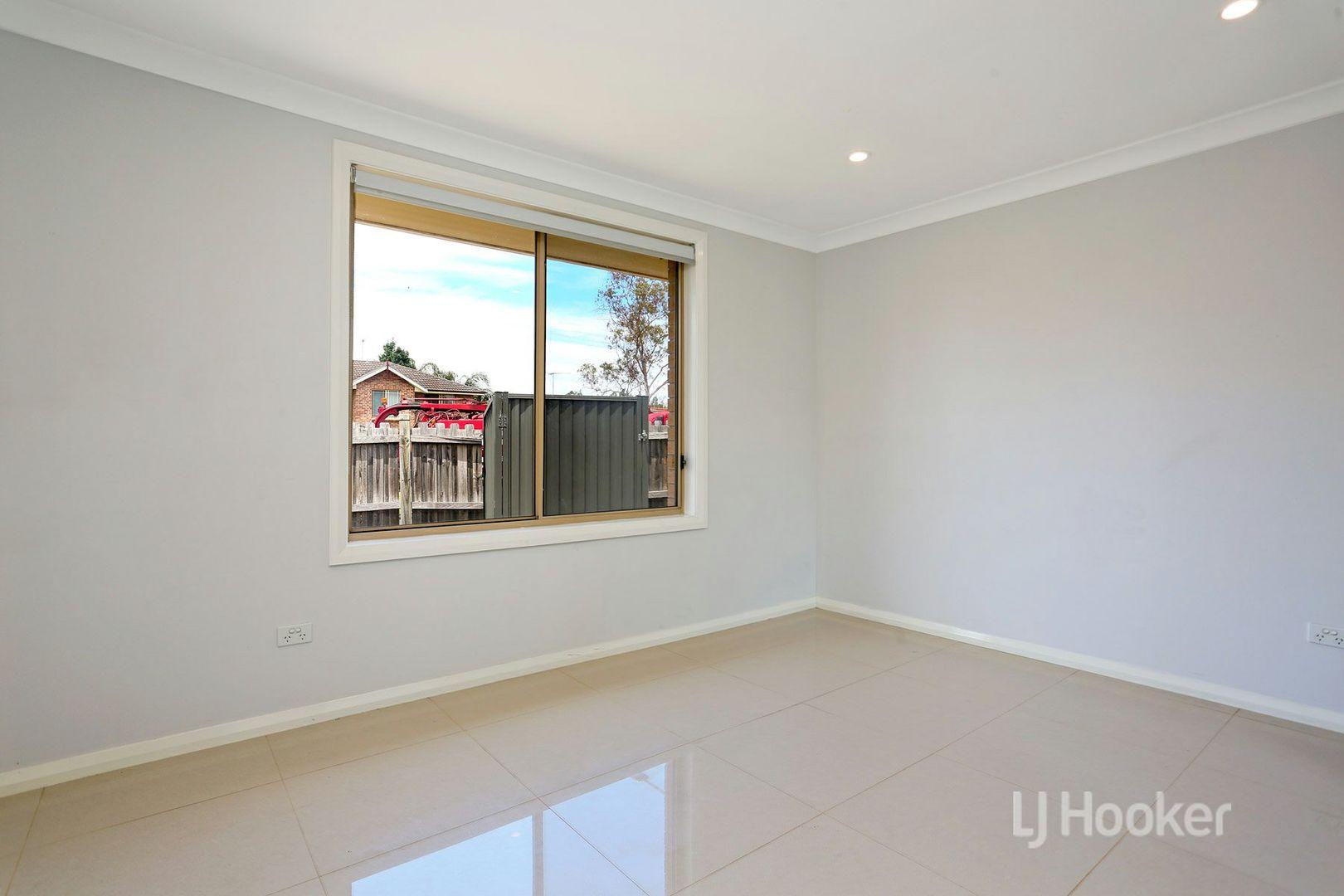 2a Majestic Drive, Stanhope Gardens NSW 2768, Image 2