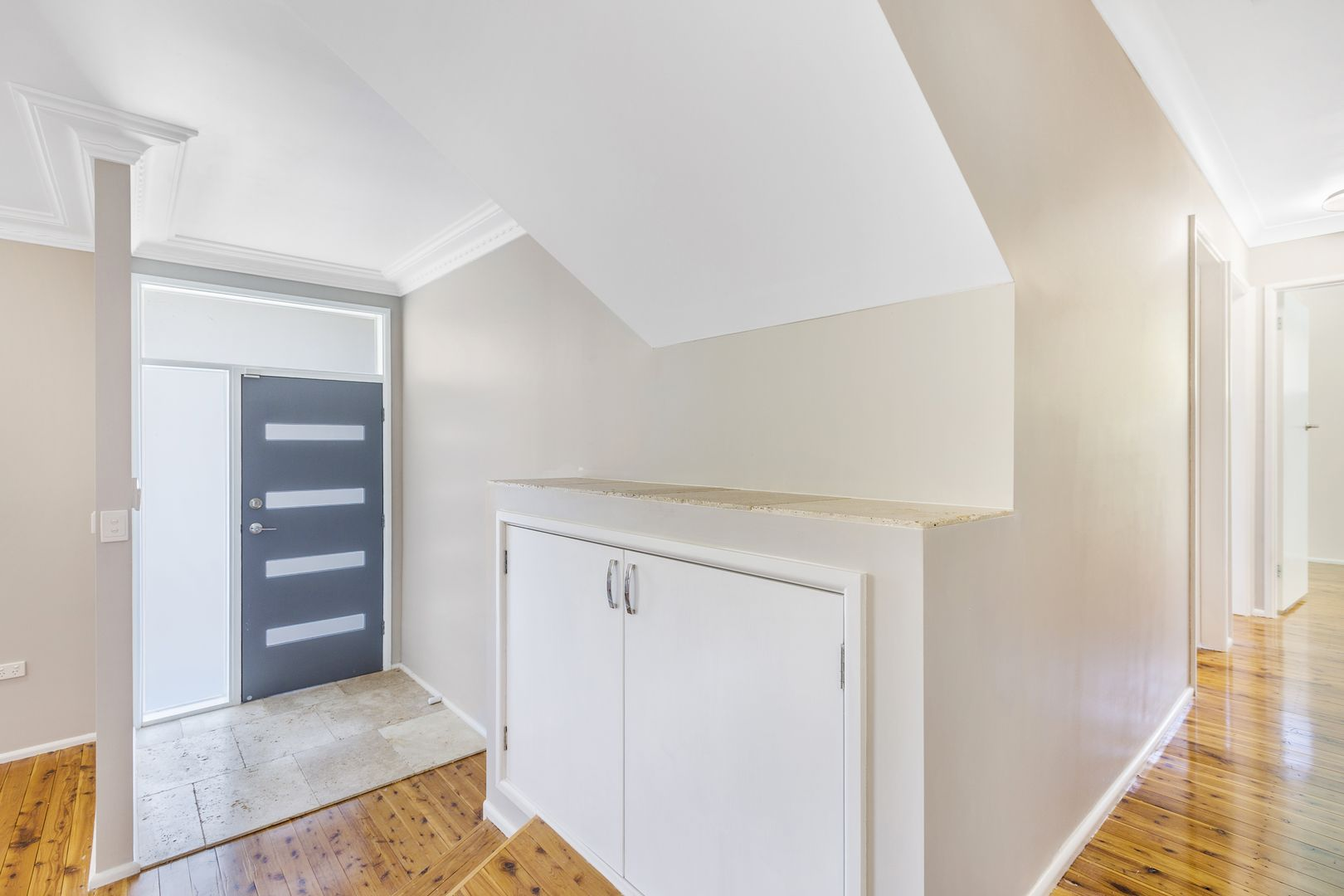 10 Dekalb Street, Tamworth NSW 2340, Image 2