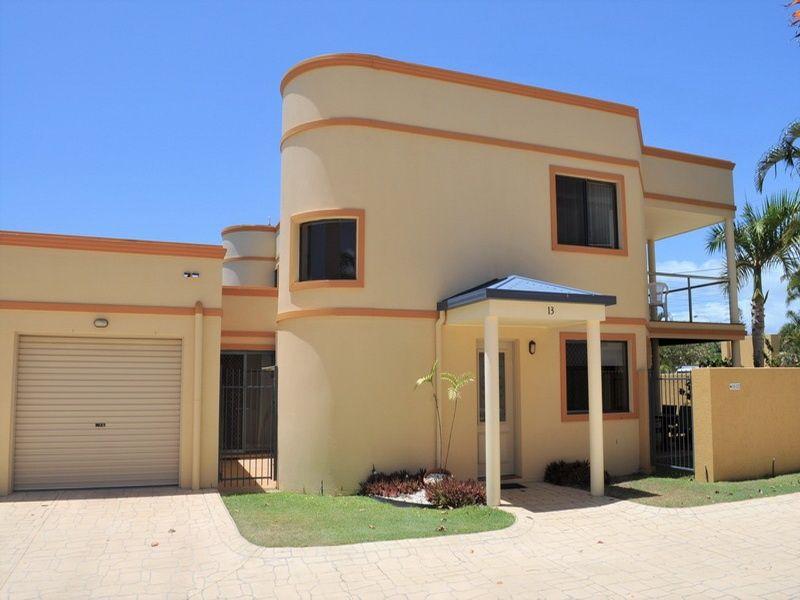 13/33 Elizabeth Street, Urangan QLD 4655, Image 0