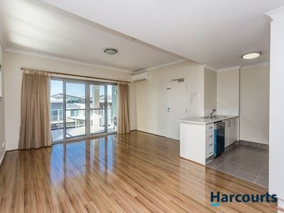 3/30 Malata Crescent, Success WA 6164, Image 1