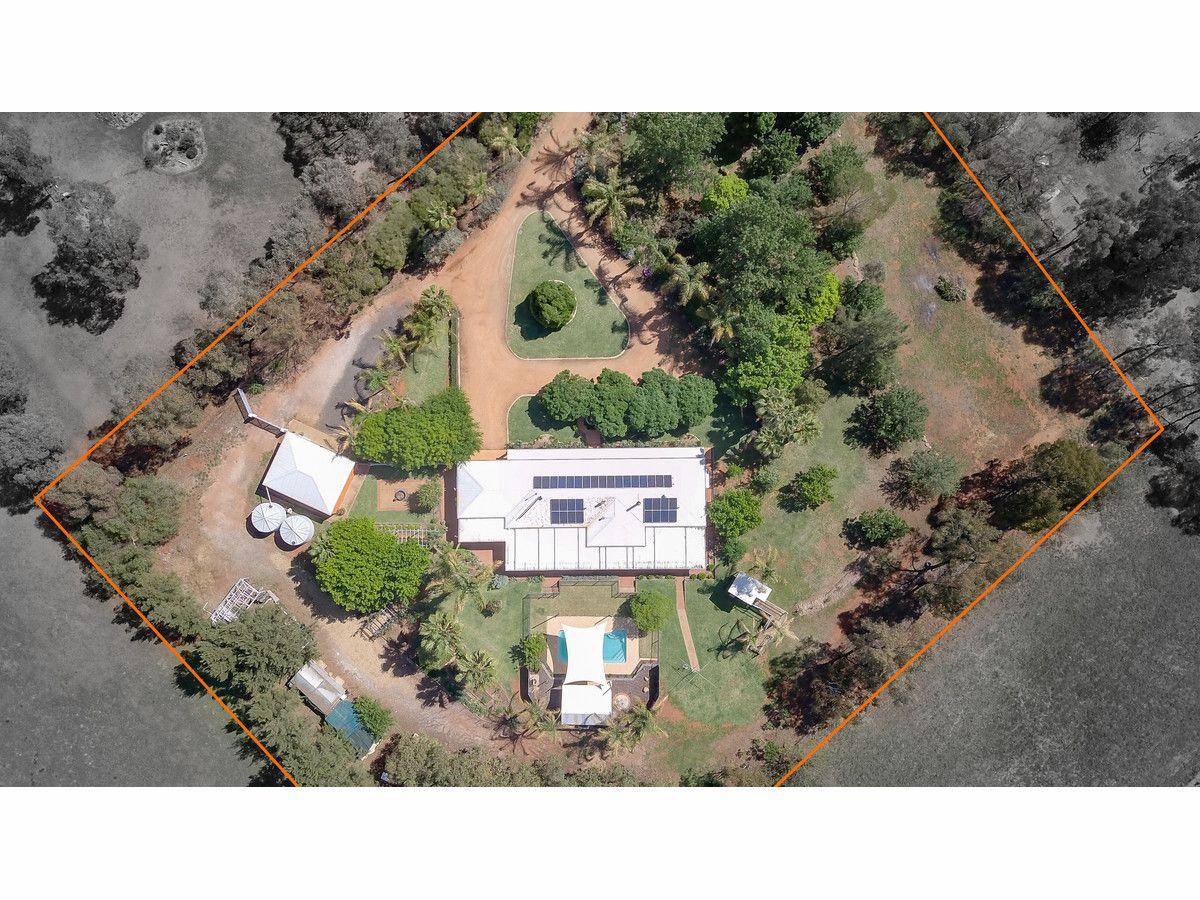 6 Araluen Way, Dubbo NSW 2830, Image 2
