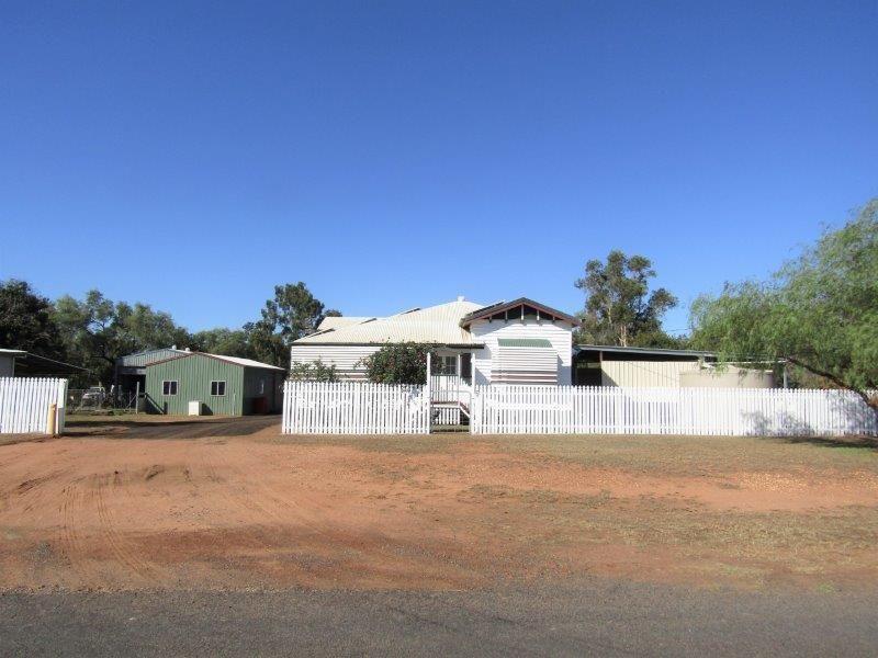 16 East Street, Bluff QLD 4702, Image 0