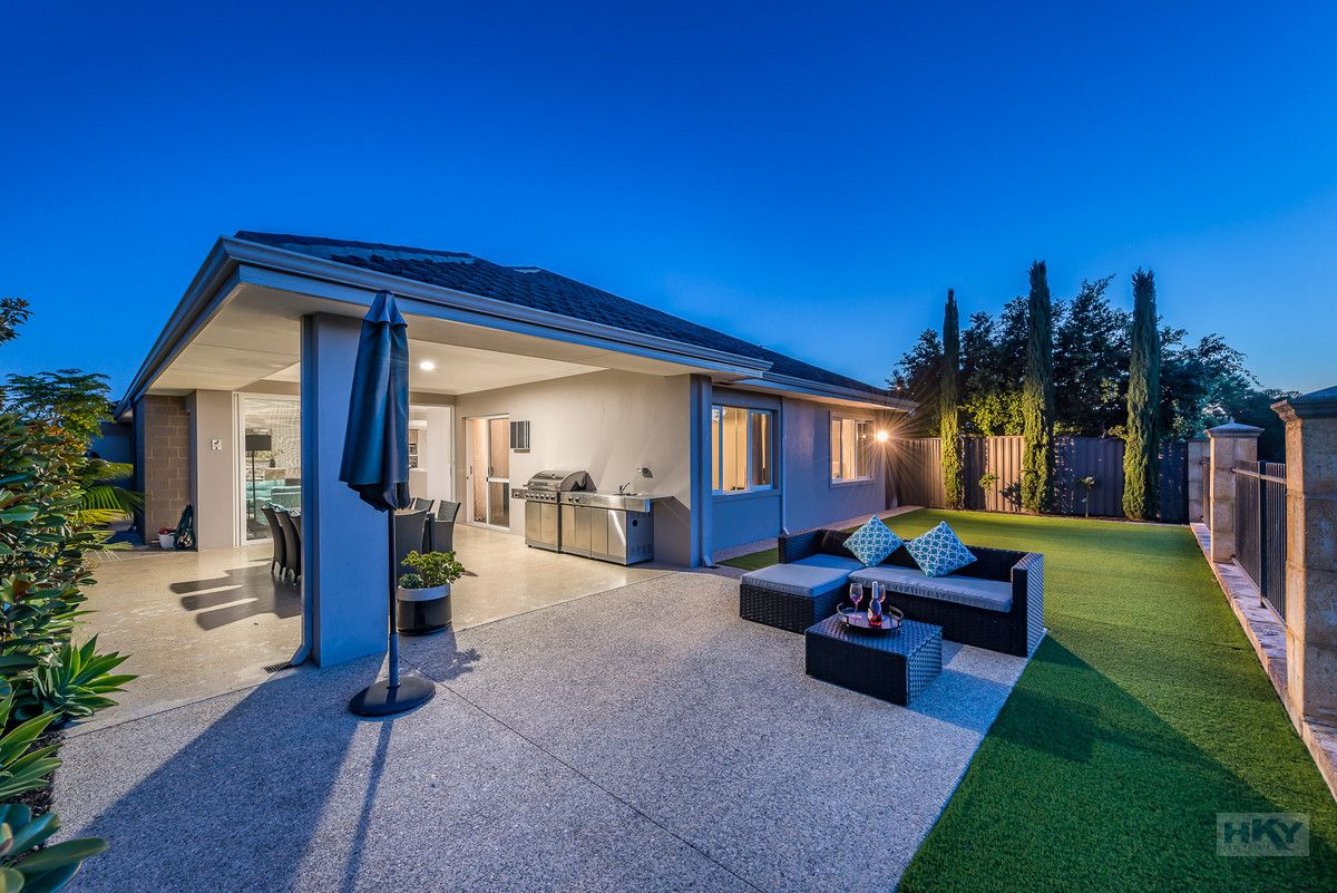 7 Carmen Circuit, The Vines WA 6069, Image 2