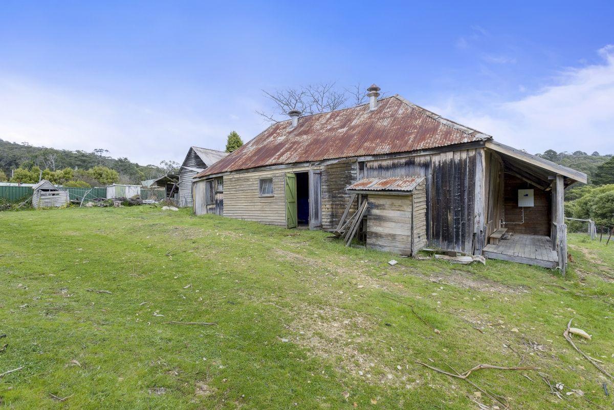100 & 104 Golden Point  Road, Blackwood VIC 3458, Image 1