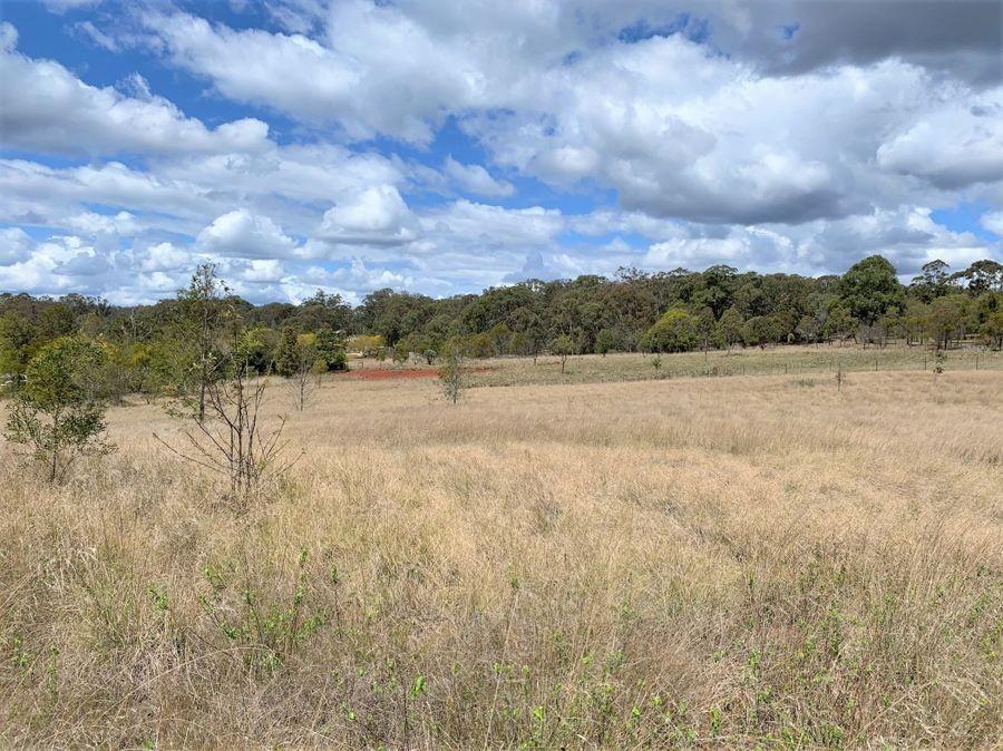 37 Goulds Road, Cabarlah QLD 4352, Image 2