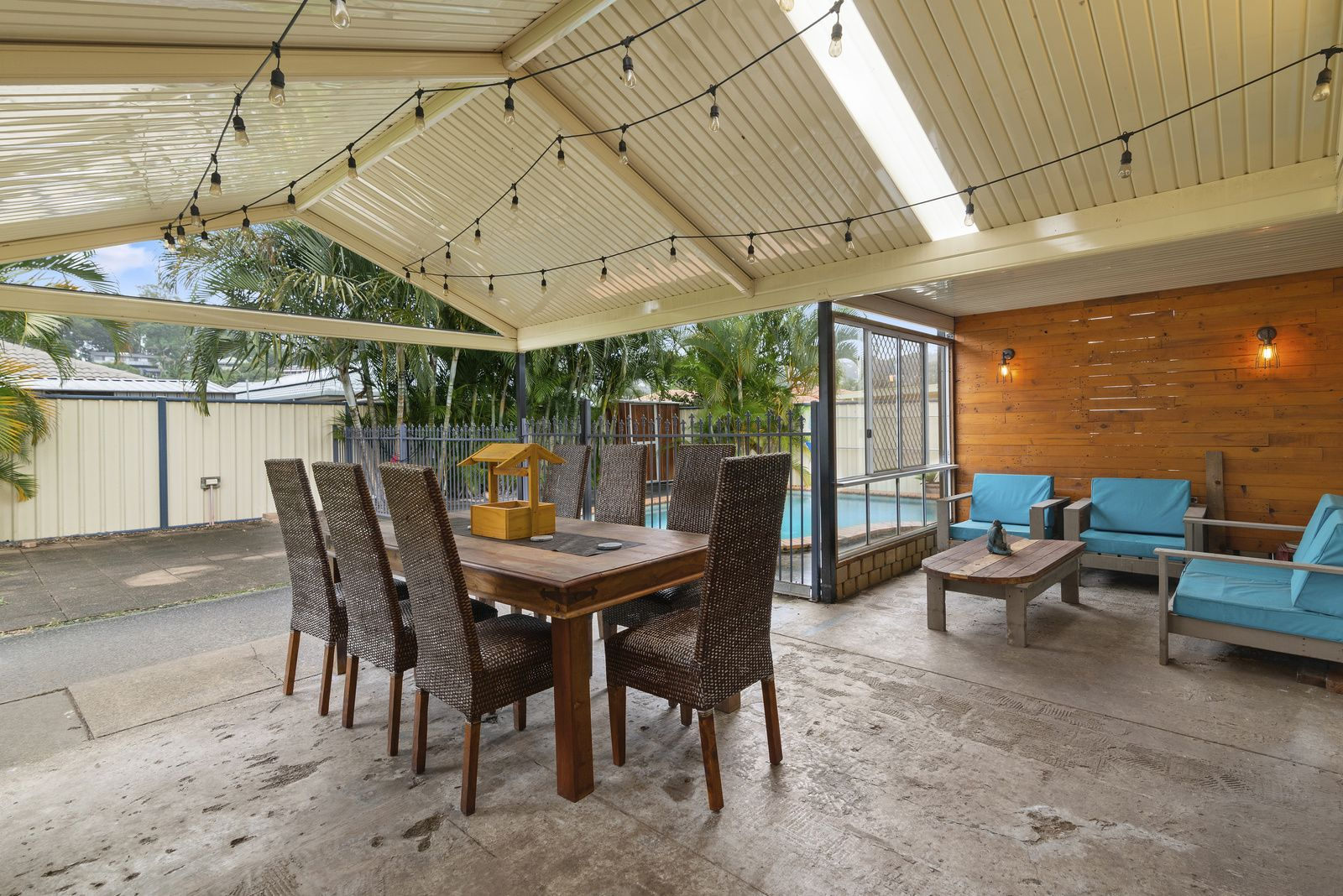 6 Togos Avenue, Currumbin Waters QLD 4223, Image 0