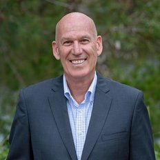 Chris Smith, Sales representative