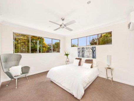 1/87 Pohlman Street, Southport QLD 4215, Image 2