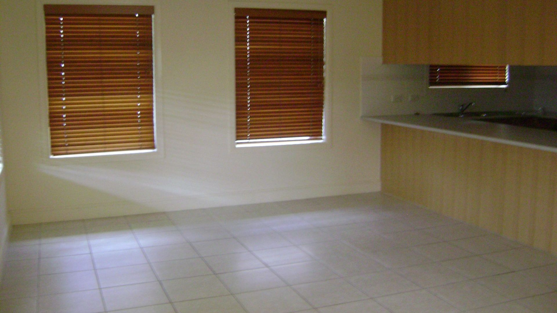 2/43 Park Street, Pimlico QLD 4812, Image 1