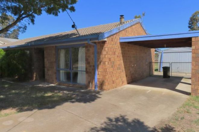 Picture of 16 Ayres Court, ROSEDALE VIC 3847