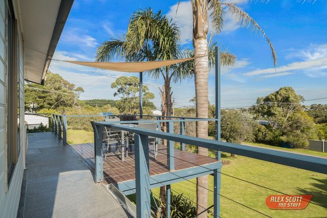 Picture of 1 Galleon Crescent, SUNSET STRIP VIC 3922