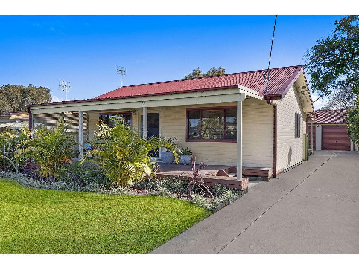 8 Anchor Avenue, Toukley NSW 2263, Image 0