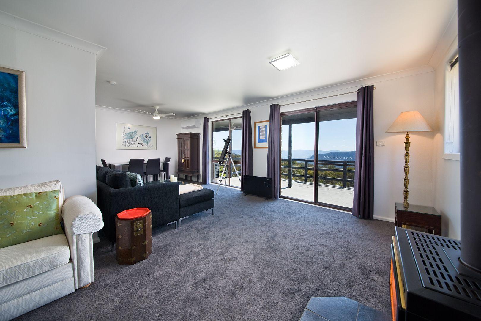 35 Delmonte Avenue, Medlow Bath NSW 2780, Image 2