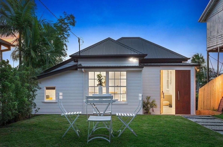13 Rutledge  Street, Coolangatta QLD 4225, Image 0