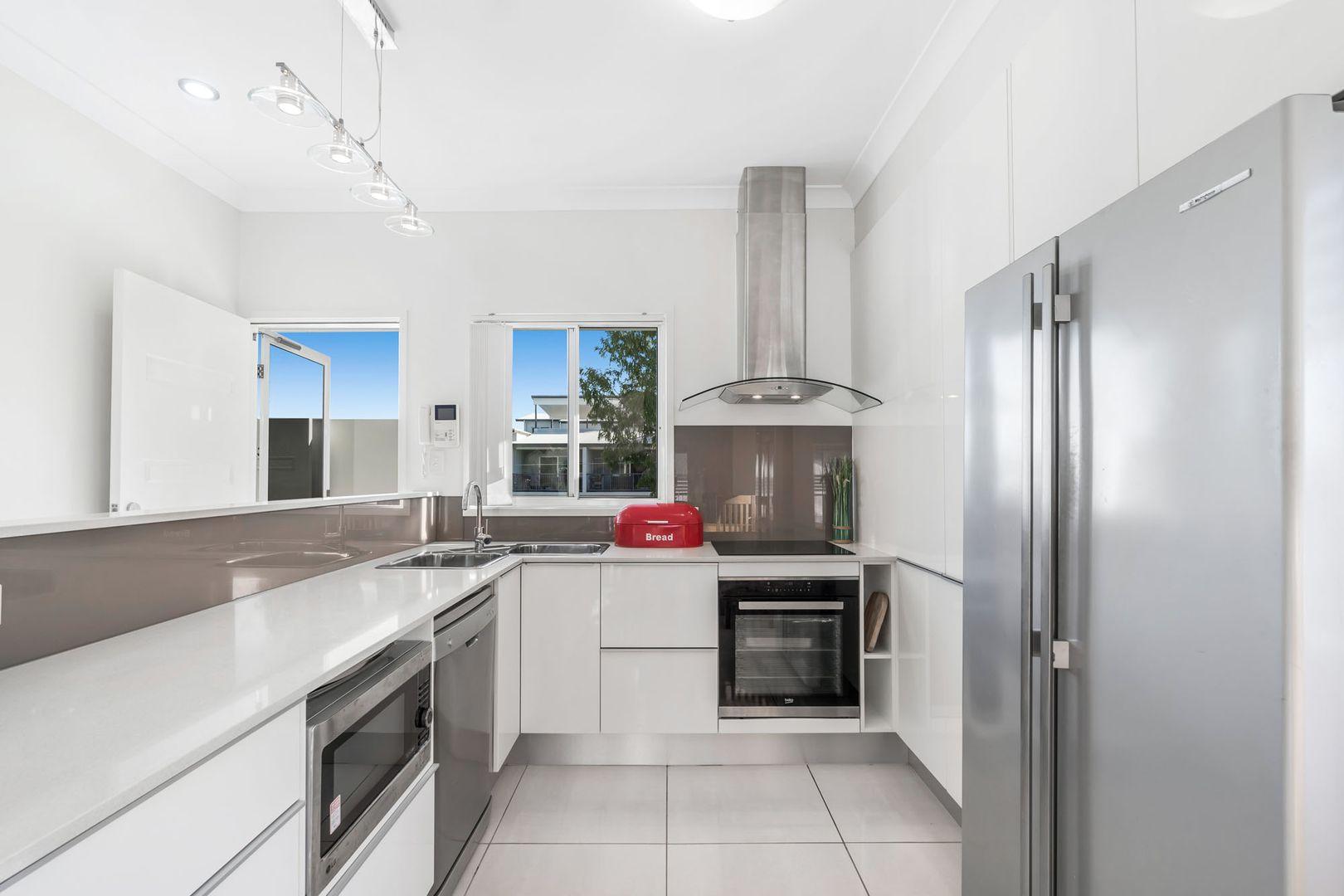 3/52 Dibar Street, Wynnum QLD 4178, Image 1