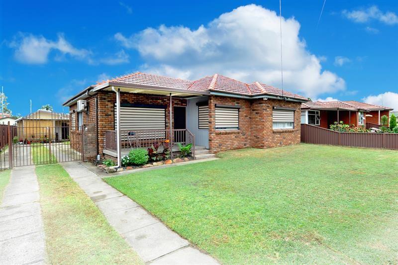 5 Rosemont Ave, Smithfield NSW 2164, Image 0