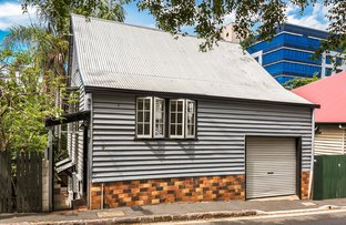 Picture of 9 Parish Street, Spring Hill QLD 4000