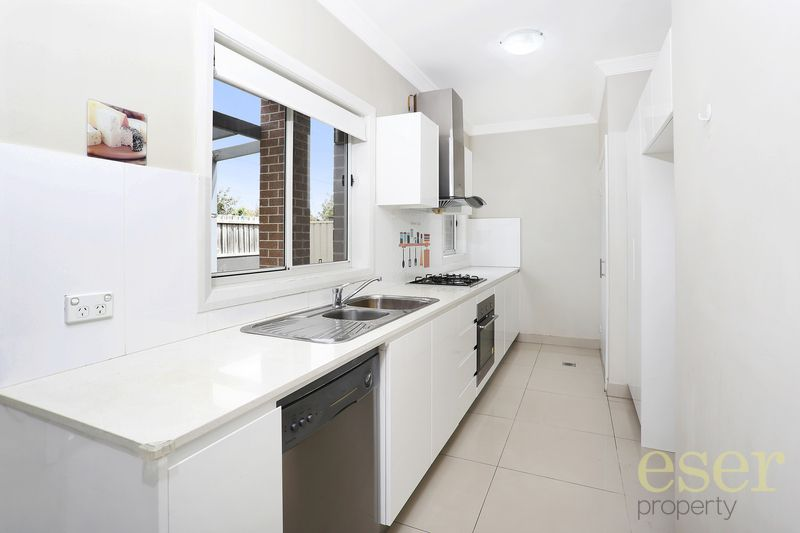 2/86 Jersey Road, South Wentworthville NSW 2145, Image 2