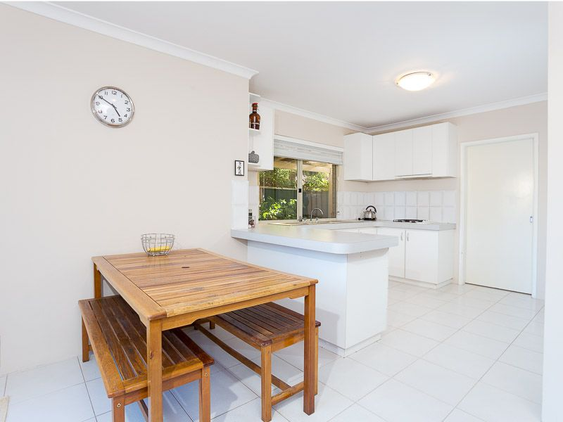 1/55 Corbett Street, Scarborough WA 6019, Image 2