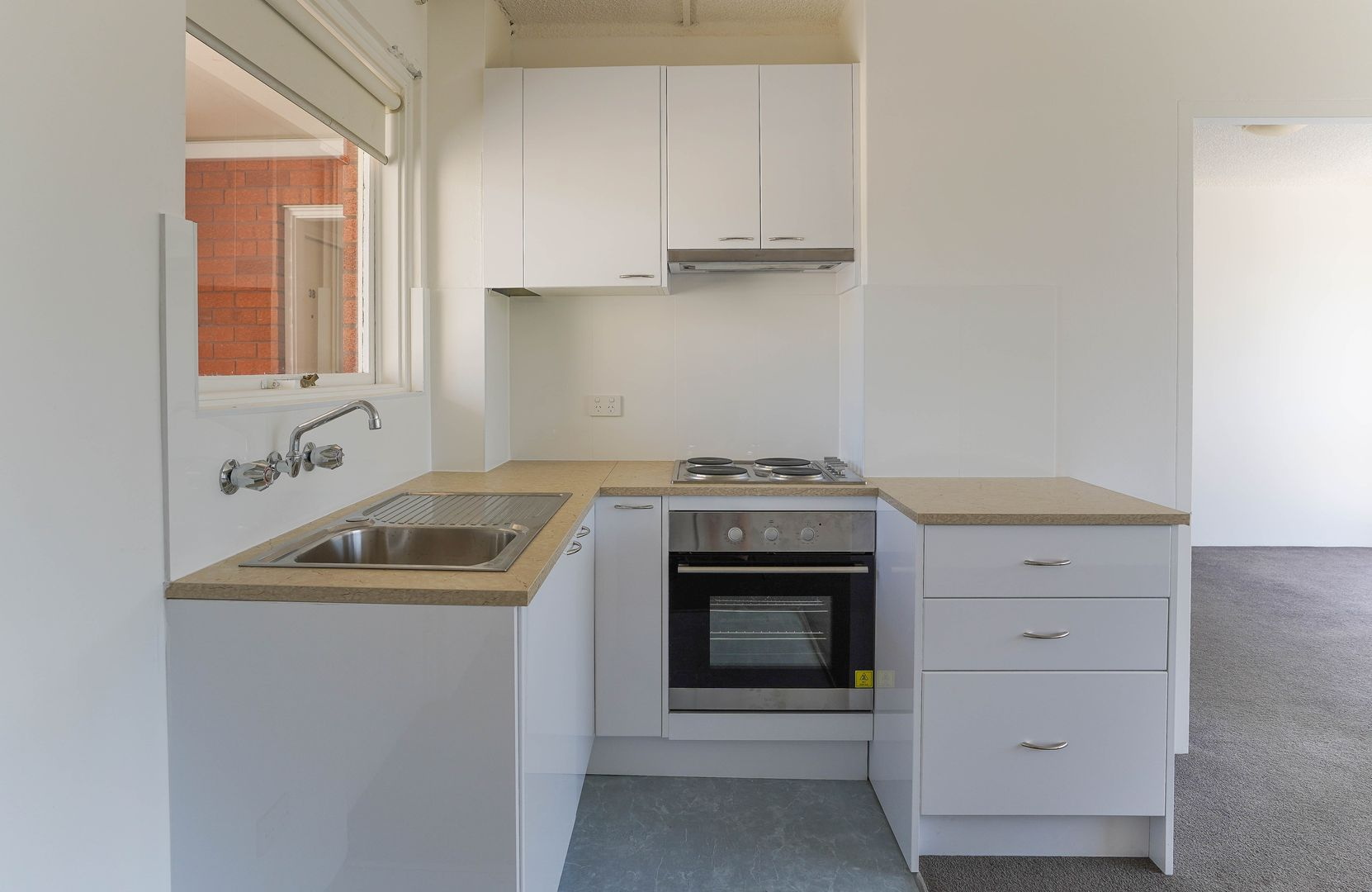 4/3 Grafton Crescent, Dee Why NSW 2099, Image 1