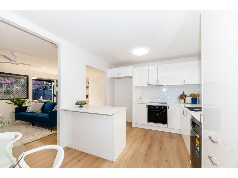 8 Bateman Street, Strathpine QLD 4500, Image 0
