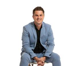 Luke Walker, Sales representative