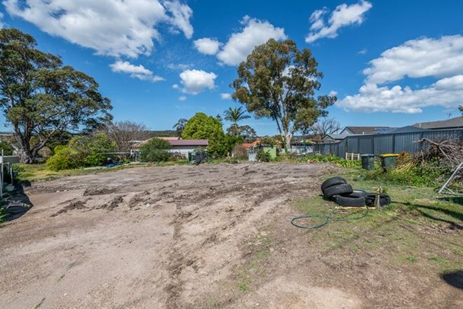Picture of 10 Hughes Avenue, WARNERS BAY NSW 2282
