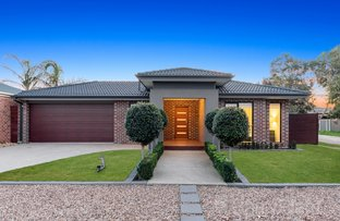 Picture of 15 Caledonian Way, Point Cook VIC 3030