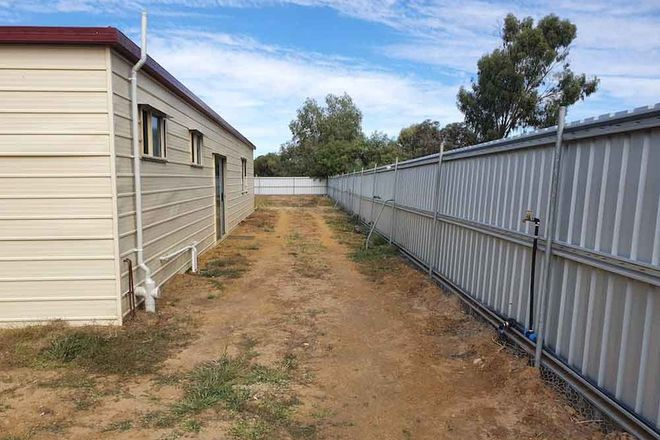 Picture of 28 Ivy Street, BLACKALL QLD 4472