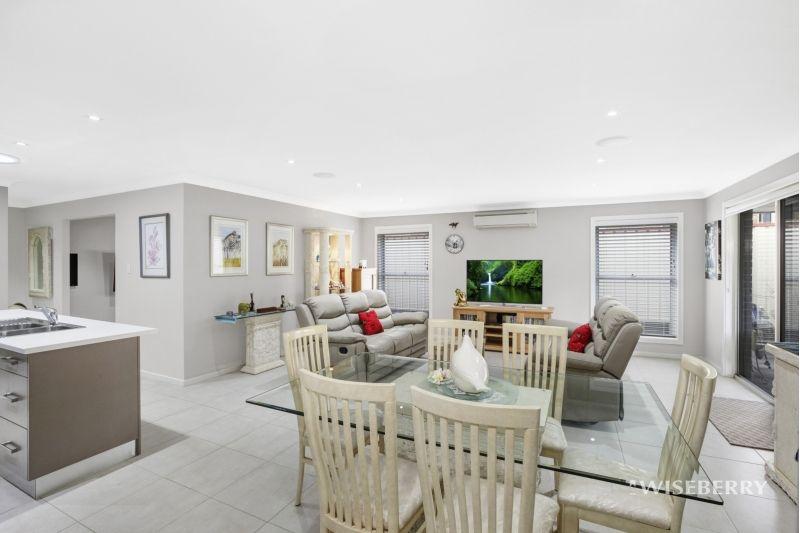 76 White Swan Avenue, Blue Haven NSW 2262, Image 2