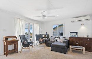 Picture of 5 Hellyer Street, Wynnum West QLD 4178