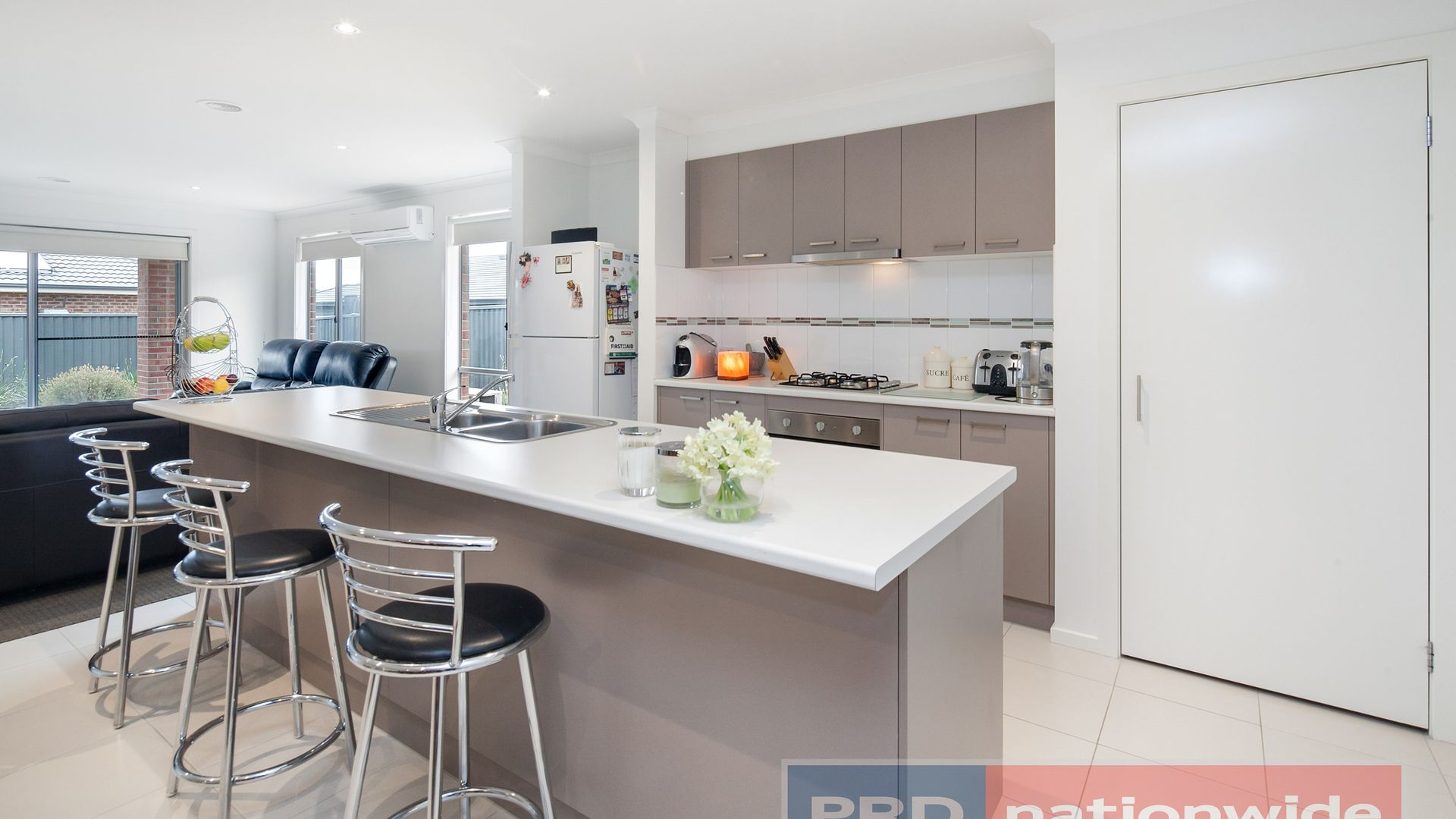 13 Rooney Crescent, Lucas VIC 3350, Image 1