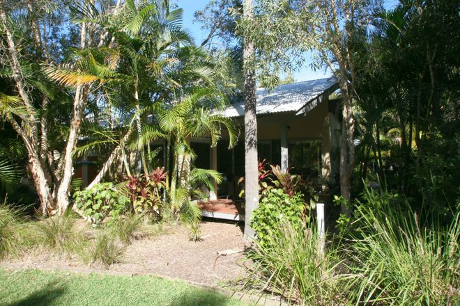 Mobys 54 Redgum Road, BOOMERANG BEACH NSW 2428