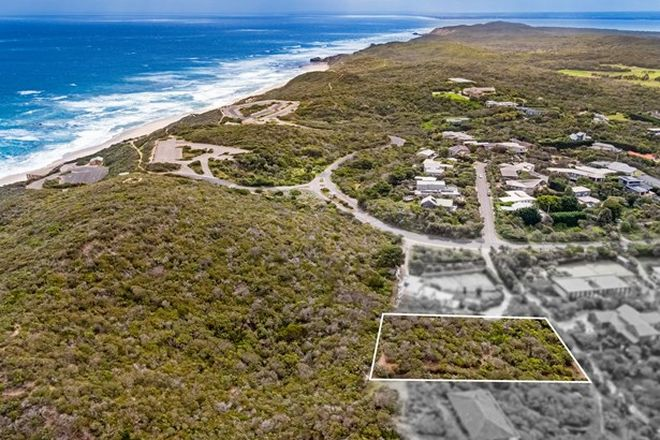 Picture of 153 Back Beach Road, PORTSEA VIC 3944