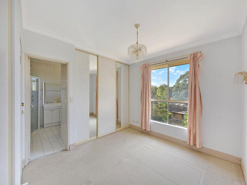 18/2 Jersey Street, Turramurra NSW 2074, Image 2