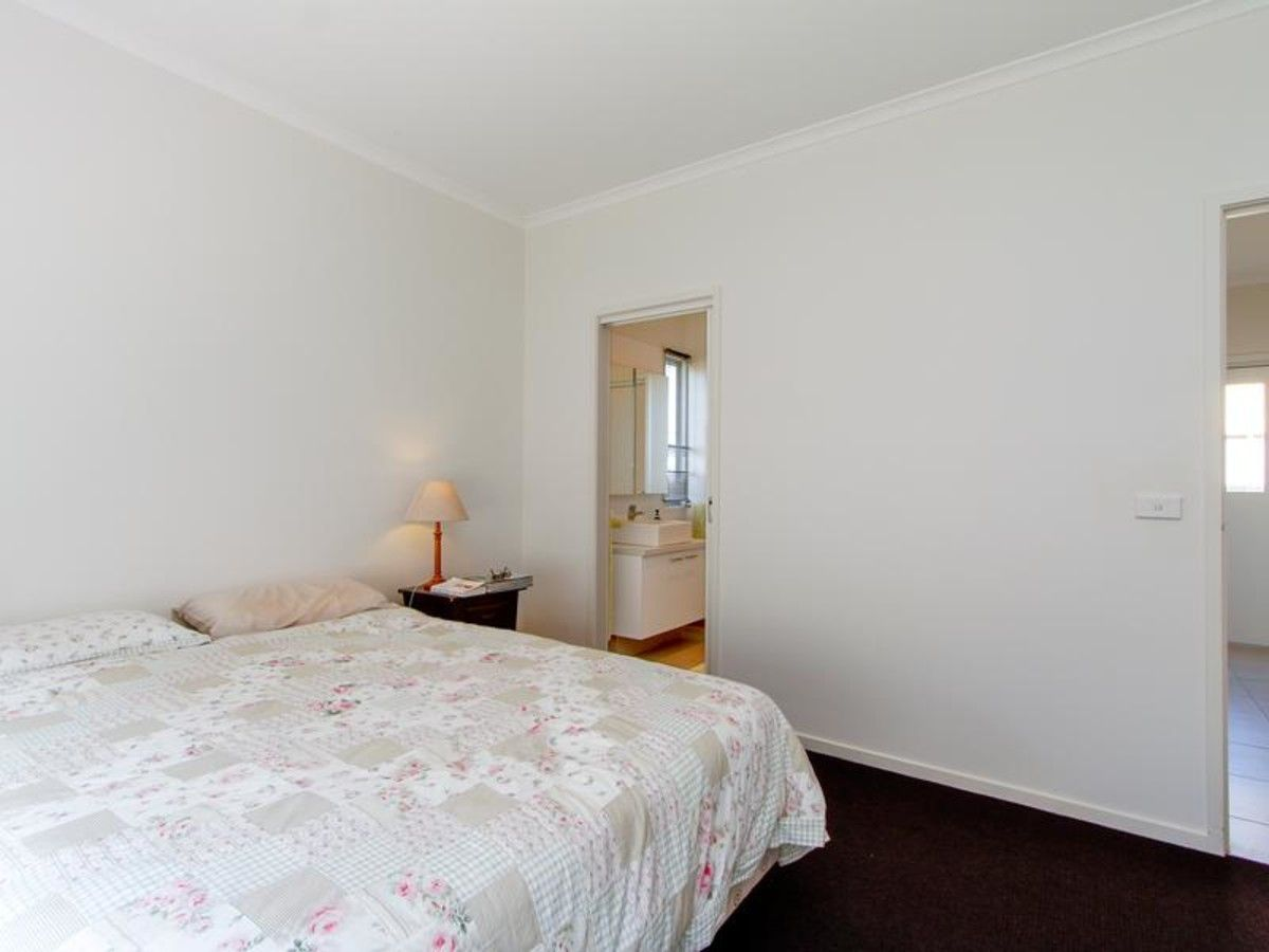14 Topping Street, Sale VIC 3850, Image 7