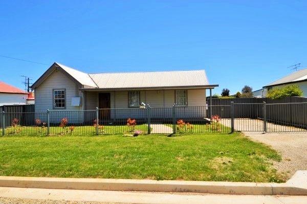 6 White Street, Guyra NSW 2365, Image 0