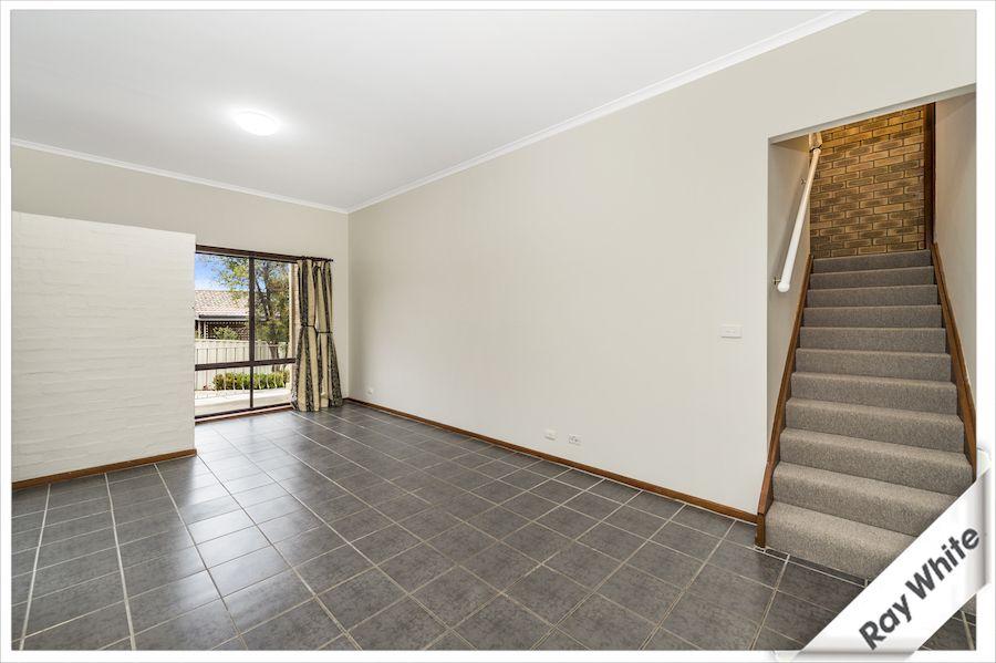 1/9 Hybon Avenue, Queanbeyan East NSW 2620, Image 0