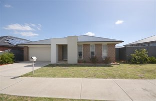 Picture of 22 Cahill Close, Lucas VIC 3350